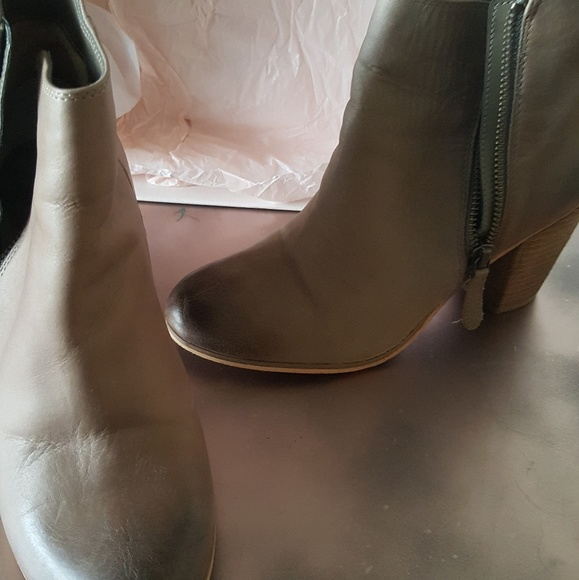 bp Shoes - Brown leather boots bp.